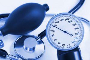 артериальное давление, тонометр, стетоскоп