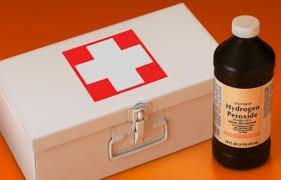 аптечка и перекись водорода