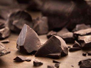 черный шоколад, его влияние на давление
