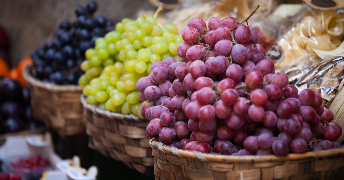 при диете виноград