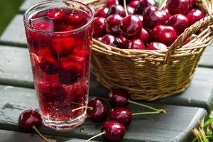 вишневый сок и плоды