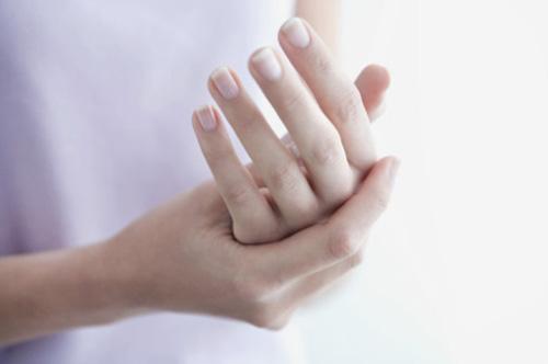 чирей на руке
