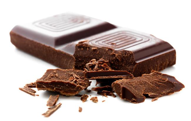 Как шоколад влияет на давление: можно ли при гипертонии?